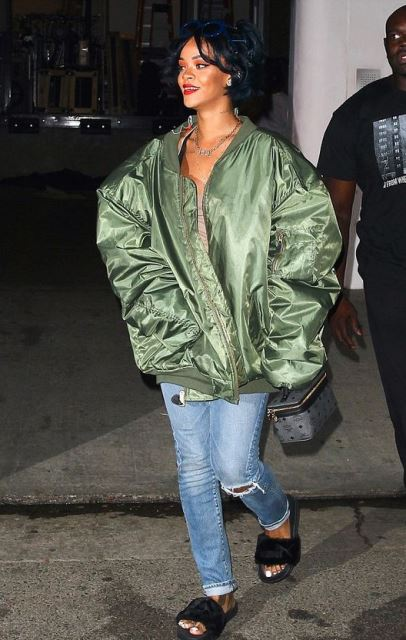Rihanna-furry-sandals-puma
